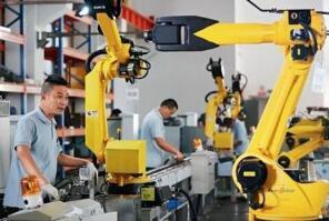 国产工业机器人应用持续增长